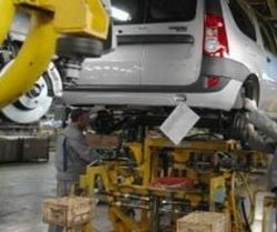 MEF ar putea garanta 80% din creditele contractate de Ford si Dacia