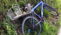 MINOR BEAT a cazut cu bicicleta intr-un canal