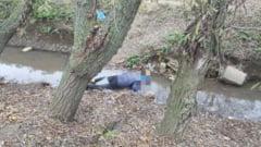 MOARTE SUSPECTA la Constanta: barbat gasit in sant
