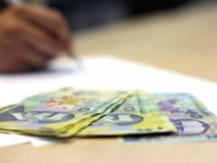 MOZAIC STIRI ECONOMICE: Ministerul de Finante vrea sa se imprumute in continuare de la populatie