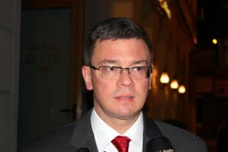 MRU: Daca Ponta nu se intoarce cu ceva palpabil de la Bruxelles, sa ramana la perfectionare