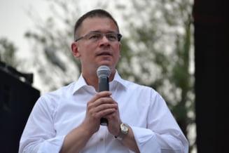 MRU: Ponta, Rus si Dobre sa demisioneze pentru organizarea proasta a referendumului