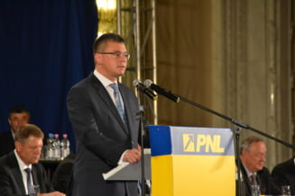 "MRU la congresul liberalilor: A vorbit in germana pentru Iohannis in ""casa parinteasca"""