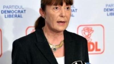 Macovei: Norica Nicolai are o atitudine pro-sovietica. PNL s-o scoata de pe lista!