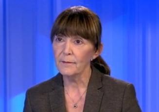 Macovei: Ponta e seful unui serviciu de informatii care nu e controlat decat de el