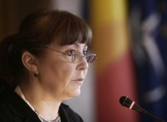 Macovei, atac la consiliera Monei Pivniceru: Minciuni si increngaturi politice