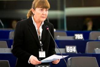 Macovei vrea verificari: Ar fi un atentat la democratie ca viitorul presedinte sa fie ofiter sub acoperire
