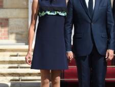 Macron si sotia au respectat traditia si si-au luat un labrador (Foto)