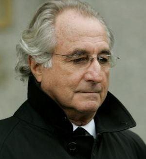 Madoff a ascuns 9 miliarde de dolari, sustine un coleg de celula