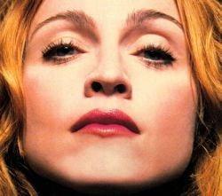 Madonna a cantat in ploaie la Rio
