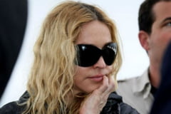 "Madonna isi arata varsta: ""reuseste"" o cazatura incredibila pe scena (video)"