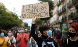 Madrid, capitala europeana cu cea mai mare incidenta de Covid-19. Mii de locuitori protesteaza fata de noile restrictii ce vor intra in vigoare luni
