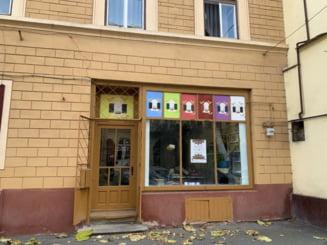 Magazinul de Fapte Bune din Sibiu - Cumperi ceva, iar banii merg catre copii cu dizabilitati sau animale bolnave