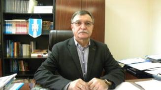 Magistratii Tribunalului Olt au dispus inceperea judecatii cauzei pe fond in procesul lui Ioan Ciugulea, acuzat de luare de mita