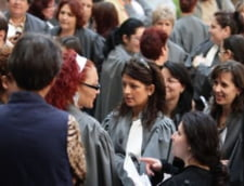 Magistratii continua protestele si cer demisia ministrului Predoiu