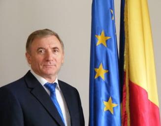 Magistratii strang randurile in jurul lui Augustin Lazar: 200 de procurori, judecatori si auditori il invita la dialog pe Tudorel Toader