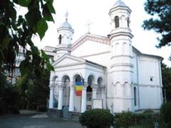 Mai multe biserici monument istoric din Arhiepiscopia Craiovei au intrat in renovare