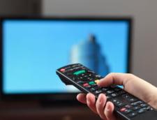 Mai multe femei invitate la TV, mai putine in presa scrisa - Analiza