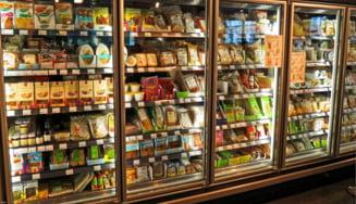 Mai multe magazine din Marea Britanie deschid devreme doar pentru varstnicii care se feresc de coronavirus