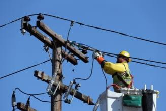 Mai multe zone din Giurgiu raman luni, temporar, fara curent electric