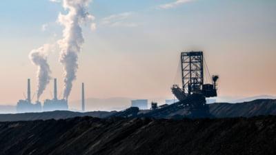 Mai multi angajati ai Complexului Energetic Oltenia au intrat in greva foamei