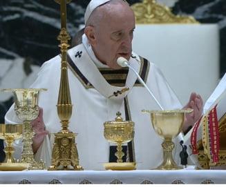 Mai multi detinuti si refugiati l-au insotit pe Papa Francisc la Sfanta Liturghie