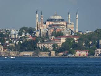 Mai multi europarlamentari cer protejarea Catedralei Sfanta Sofia, dupa ce aceasta a redevenit moschee: Ankara sfideaza dreptul international
