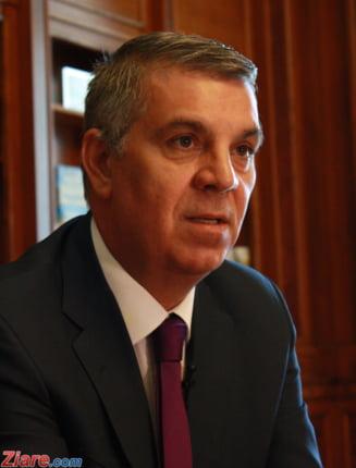 Maine putem da o lege care stabileste ca in Romania hotia e virtute, trebuie sa stergem fiecare articol din Codul Penal. Ce facem? Interviu video cu Valeriu Zgonea