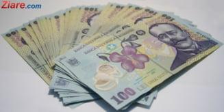 Majorarile salariale si incasarile in scadere la TVA si accize au adancit deficitul bugetar