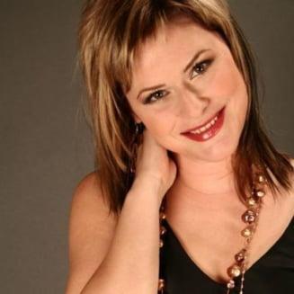 Malina Olinescu a fost inmormantata - zeci de persoane si-au luat adio de la solista