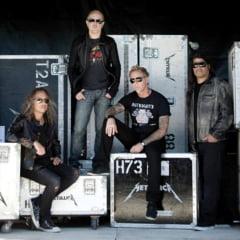 Managerul Metallica: Formatiile fac bani intr-un singur fel - si el nu mai e muzica