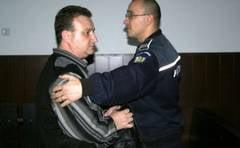 Managerul-spagar de la Spitalul din Moldova Noua a fost trimis dupa gratii