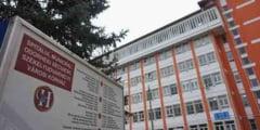 Managerul spitalului din Odorheiu Secuiesc si doi angajati, retinuti