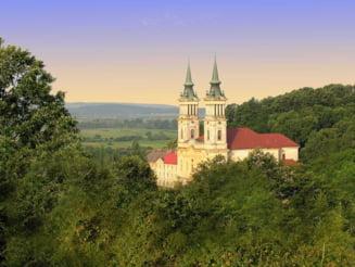 Manastirea din Romania renovata cu 10 milioane de euro - Papa Francisc a trimis un mesaj