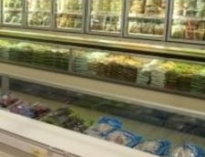 Mancare stricata la Carrefour Baneasa - amenda: 20.000 de lei