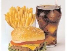 Mancarea de tip fast-food, interzisa in scoli