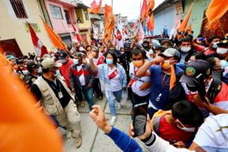 Manifestari de amploare in Peru. Sute de militari au batut in retragere in urma alegerilor