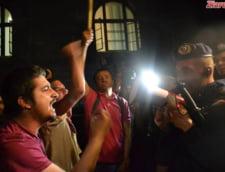 "Manifestari legionare la protestele Rosia Montana - Institutul ""Elie Wiesel"" cere interventia statului"