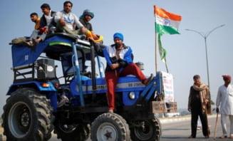 Manifestatii ale fermierilor in India: Zeci de mii de politisti desfasurati