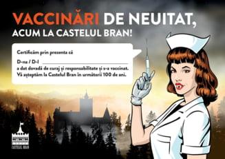"""Maraton de vaccinare la Castelul Bran. Ce vor primi cei care se imunizeaza acasa la Dracula. """"Vaccinare de neuitat!"""""""