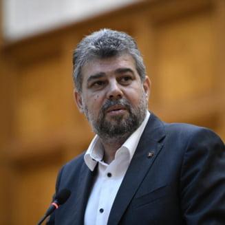 """Marcel Ciolacu, despre sculpturile expuse in primaria Sectorului 1: """"Romanul intra in hol, isi face cruce si pleaca"""""""