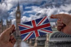 Marea Britanie intentioneaza sa taie o parte din ajutoarele catre tarile afectate de conflicte. Masura a iscat controverse