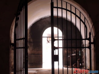 Marea eliberare: Un detinut a revenit la furt la 4 zile dupa ce a scapat de puscarie