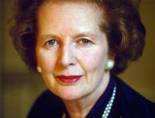 Margaret Thatcher a murit: Sute de britanici au sarbatorit in strada, cu sampanie si cantece