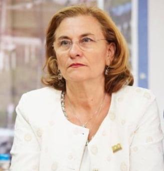 Maria Grapini, implicata intr-un accident rutier: Taxiul a fost facut zob! Ingerul meu a fost la post