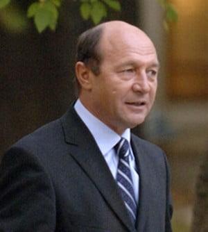 Maria si Traian Basescu il boteaza pe Printul Carol Ferdinand al Romaniei