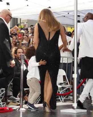 Mariah Carey a primit o stea pe Walk of fame, insa nu ea a fost vedeta zilei (Galerie foto)