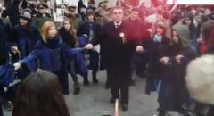 "Marian Oprisan, prins in hora si huiduit, la Focsani: ""La puscarie!"" (Video)"