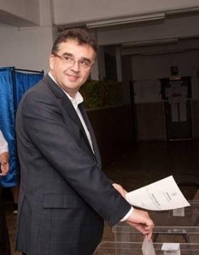 Marian Oprisan este presedinte al CJ Vrancea pentru a cincea oara - A fost votat si de un consilier PNL