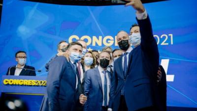Marile priorități ale PNL după congres. Șansele pentru refacerea coaliției și calculele moțiunii de cenzură